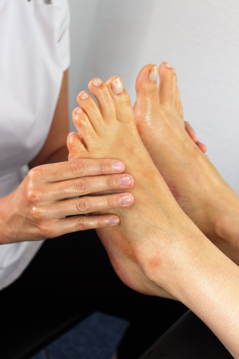 Foot reflexology corporate health and wellbeing